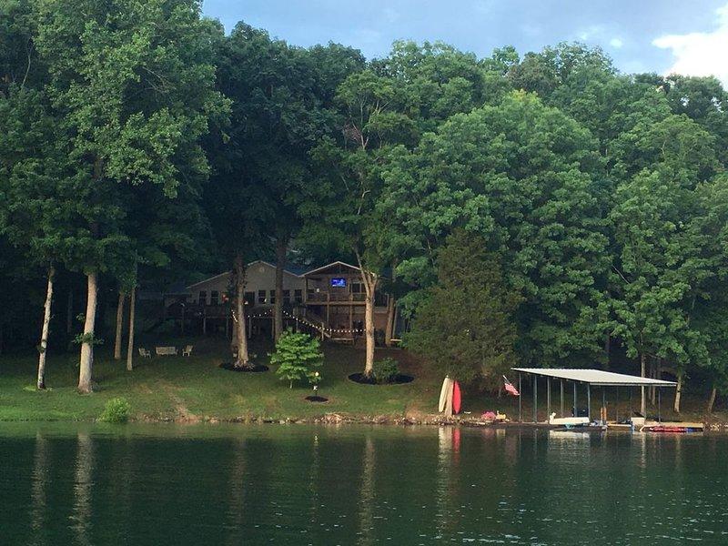 House on Norris Lake, location de vacances à Norris