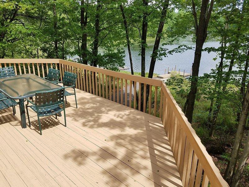 Lakefront Rental in Big Bass Lake goldstar resort! Close to ski resorts, vacation rental in Gouldsboro