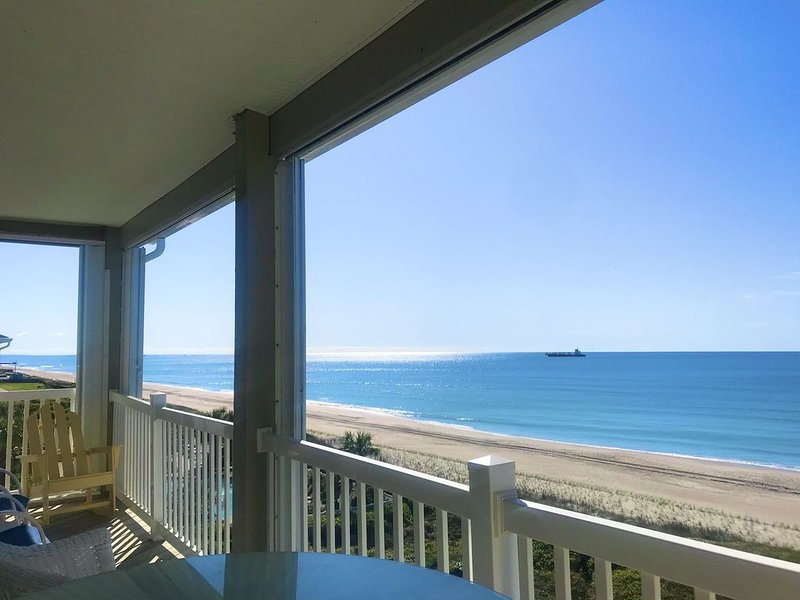 ONCE UPON A TIDE: Top Floor, Oceanfront, NEW LISTING, Pool, Come Stay a While!, vacation rental in Salter Path