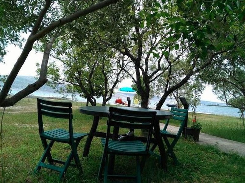 Seaside Holiday Home in Starigrad with Garden and Balcony, holiday rental in Seline