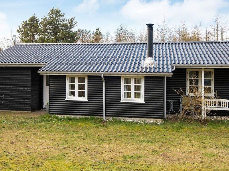 Attractive Holiday Home in Skjern near Terrace, aluguéis de temporada em Skjern