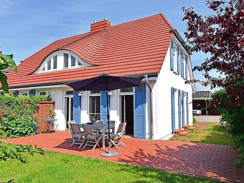 Ferienhaus Seegarten im Ostseebad Wustrow, casa vacanza a Saal