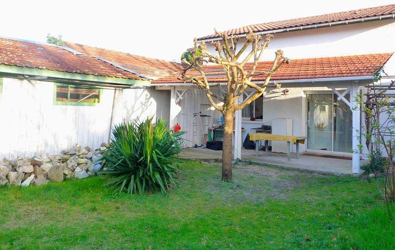 La villa Babord, vacation rental in Taussat
