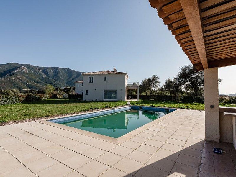 VILLA MATTEO - Villa avec piscine entre mer et montagne, holiday rental in Cuttoli-Corticchiato