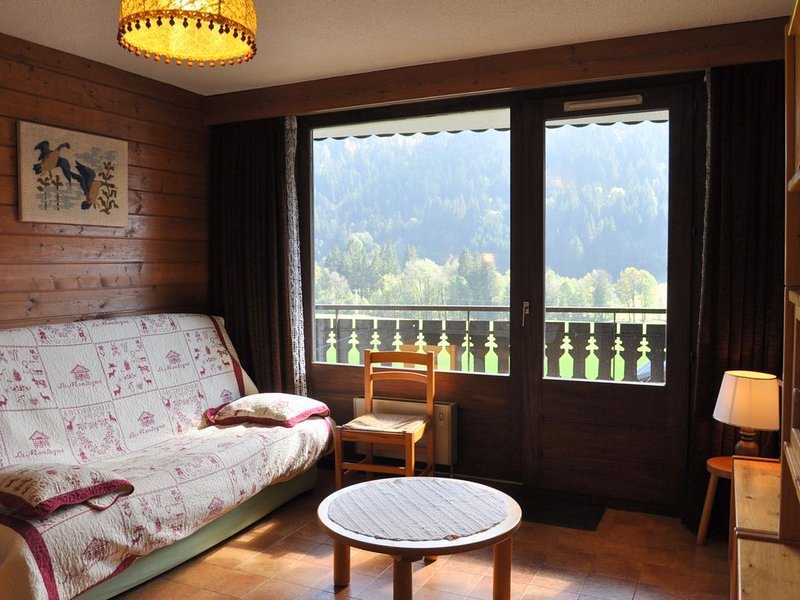 Appartement Chardon bleu 12, location de vacances à La Chapelle d'Abondance