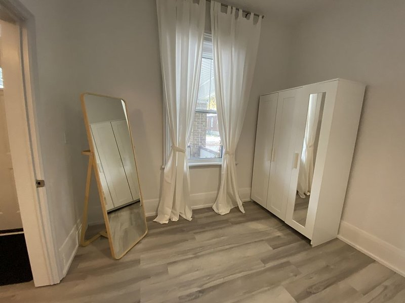 Modern 3 Bedroom - Close to DT – semesterbostad i Komoka