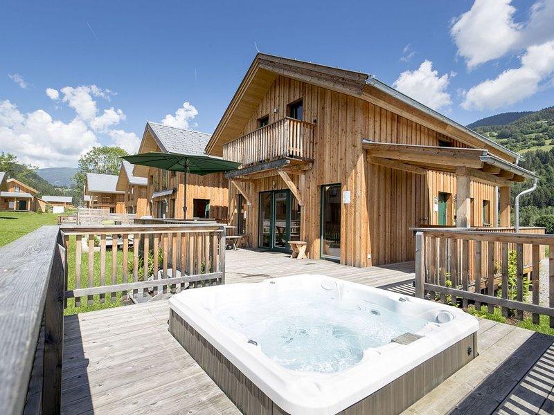 Detached luxury chalet, Finnish sauna and outdoor jacuzzi below the Kreischberg, aluguéis de temporada em Sankt Lorenzen ob Murau