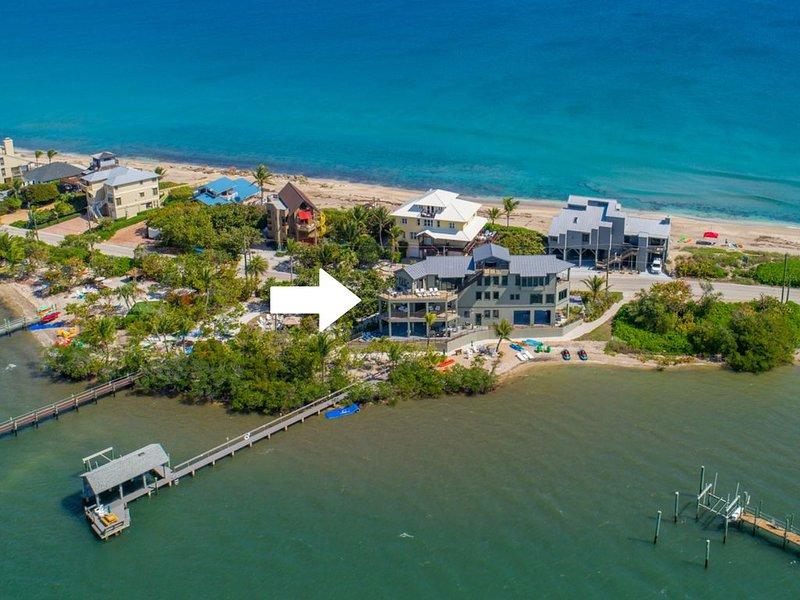 Nirvana Shores: Ocean-2-River FL Beach House w/heated pool,dock,elevator,hot tub, holiday rental in Port Salerno