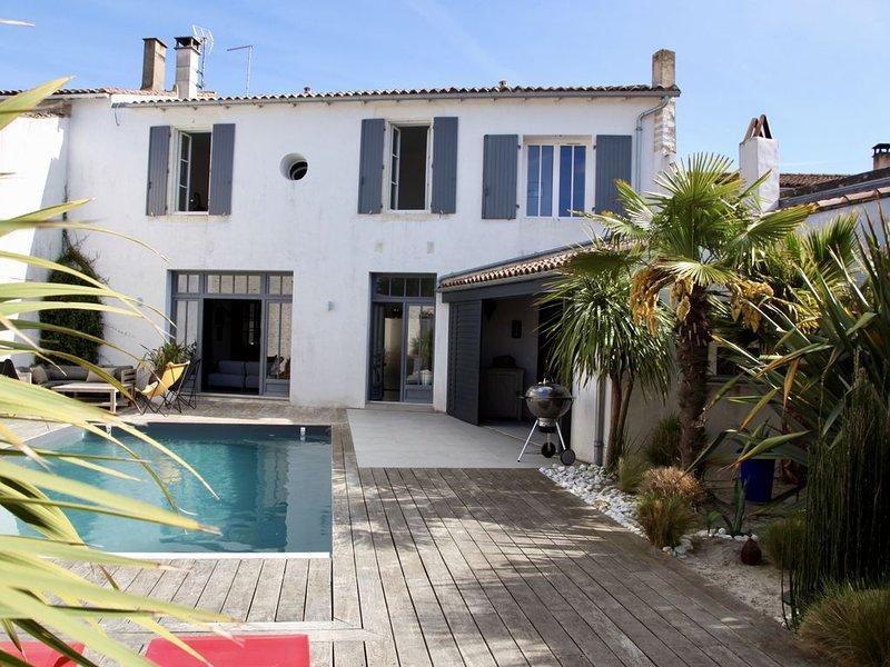 VILLA HAUT DE GAMME AVEC PISCINE, holiday rental in Ile de Re