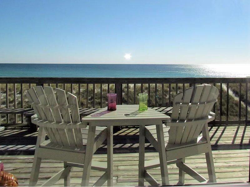 Beach Front Beauty, private home ON THE BEACH!!!, alquiler de vacaciones en Navarre