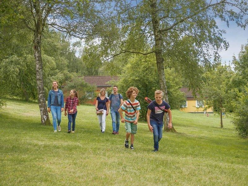 Komfort 4-Personen-Ferienhaus im Ferienpark Landal Warsberg, holiday rental in Frisange