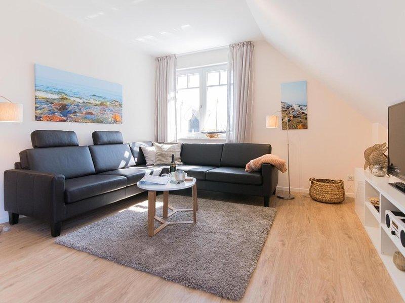 Ferienwohnung Middenmang - Am Fischlandhaus im Ostseebad Wustrow, casa vacanza a Saal