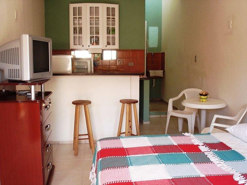 RECANTO KONA KAI - APTO LANAI ⭐️ Charme e  conforto na praia!  �⛱, aluguéis de temporada em Praia Grande