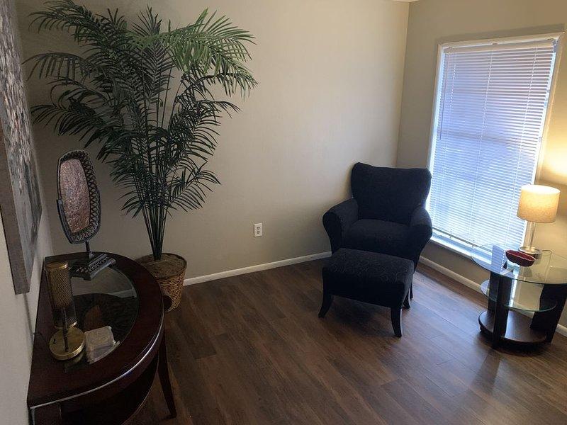 The Retreat - Executive/Vacation Rental Home, holiday rental in Jonesboro