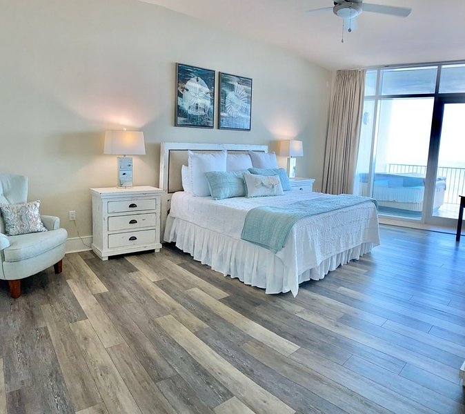 Beachfront Luxury-Turquoise Place-Clean, Spacious, Loaded w/ Everything!!!, vacation rental in Orange Beach