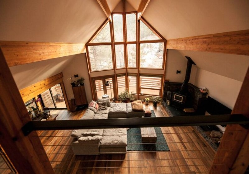 Private Modern Chalet in the Mountains, holiday rental in Jamestown