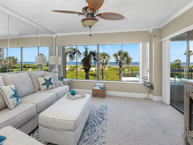 Oceanfront Condo in Summer Beach -  Spectacular Ocean Views from every room!, aluguéis de temporada em Fernandina Beach