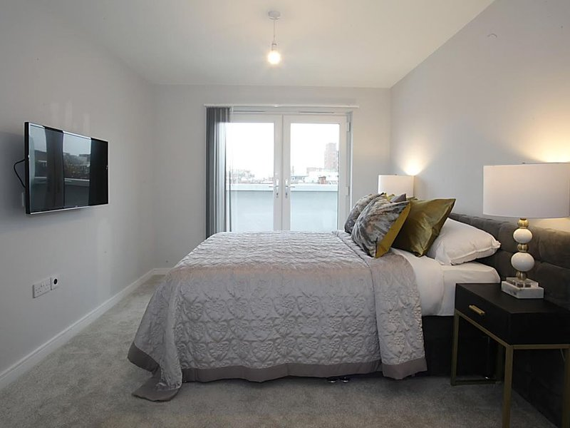 Two bedroom apartments, location de vacances à Luton