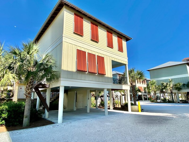 Blue Crab Cottage - In the heart of Gulf Shores!, location de vacances à Gulf Shores