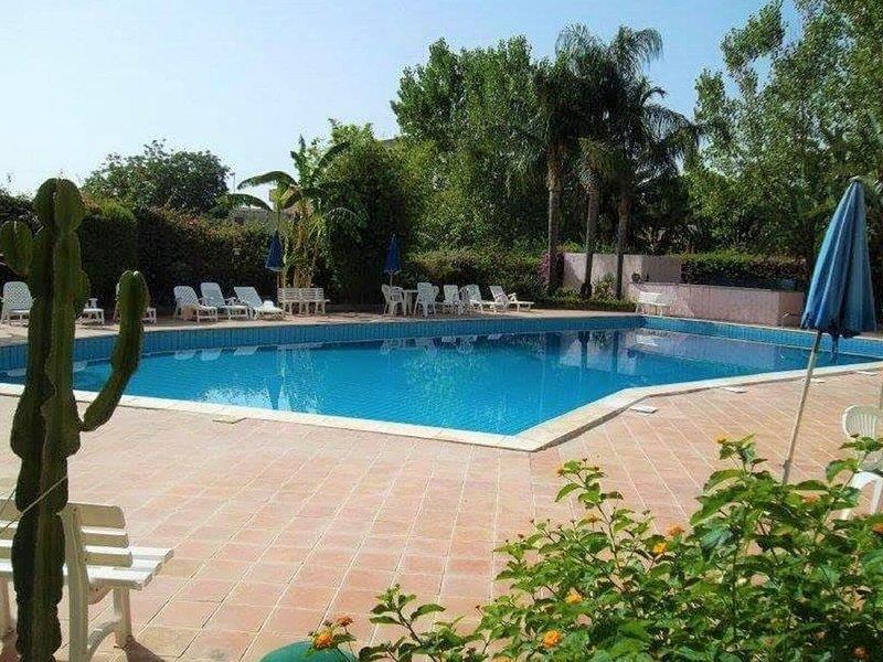 Cushy Villa in Calatabiano with Swimming Pool, vacation rental in Trappitello