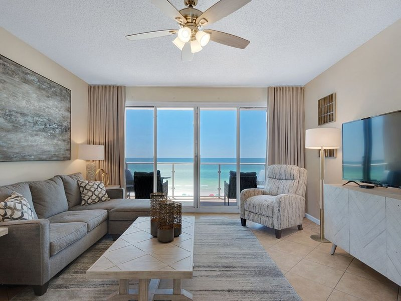 OCEANFRONT! Sterling Sands 411 Beach chairs included! Snowbirds Welcome!!, holiday rental in Miramar Beach