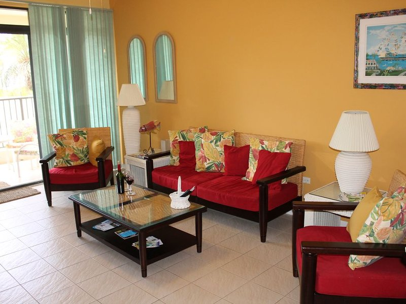 Dolphin's Paradise at Pelican Cove: Beachfront, late spring availability!, vacation rental in Christiansted