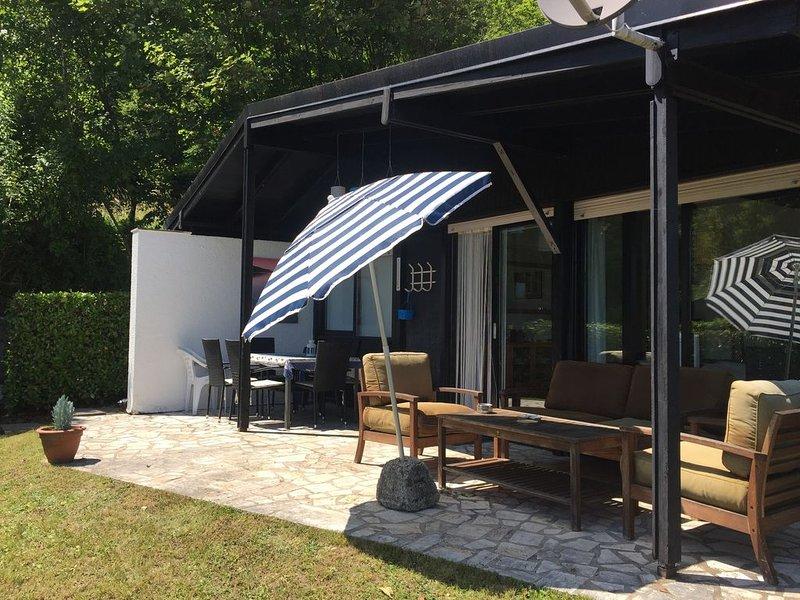 Rustige vakantiebungalow in mooie omgeving, holiday rental in Gardola