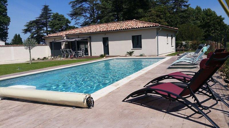 Maison moderne, 3 ch, holiday rental in Aubignan