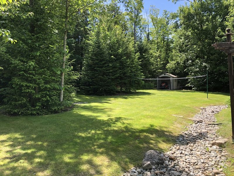 Cottage Country Paradise, holiday rental in North Hatley