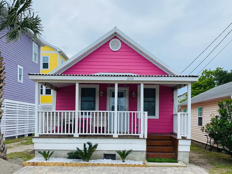 Cutest Cottage on the Beach- FREE WIFI and Laundry Included, Ferienwohnung in Carolina Beach