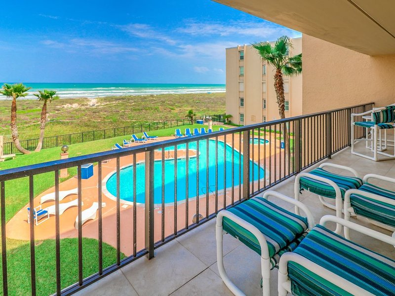 Where Heaven meets the Gulf of Mexico – 7 Nights with 6 Paid - SNOWBIRD SPECIALS, holiday rental in Port Isabel