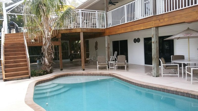 Dream Screened Lanai & Pool, vacation rental in Saint James City
