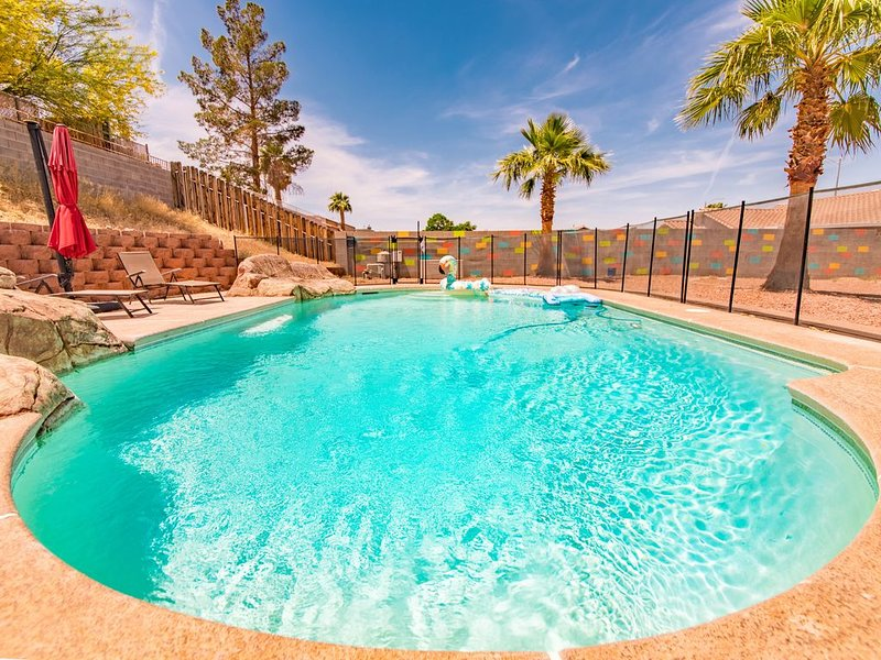Enjoy some relaxation and fun in the sun!, holiday rental in Henderson