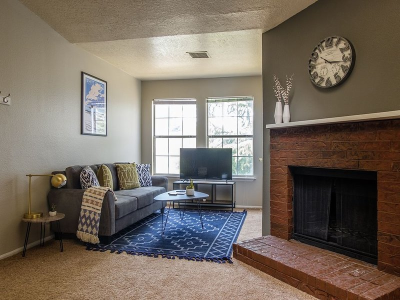 Comfy 1BR in NE Albuquerque, vacation rental in Placitas