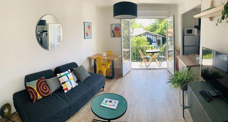 """""""L'Étale"""", appartement avec terrasse au cœur du centre ville. À 2 pas du lac, casa vacanza a Hossegor"""