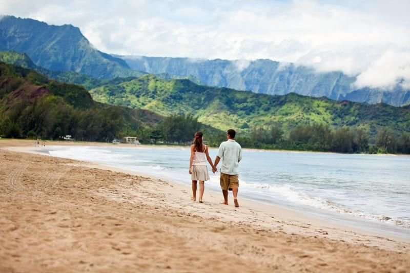 Ultimate Kauai Adventure Awaits! Lovely 1BR Suite for 6 Guests, Close to Beach!, holiday rental in Wailua