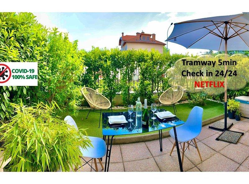 ☀️40m2, terrasse+ jardin proche Eurexpo, Gerland☀️, holiday rental in Venissieux