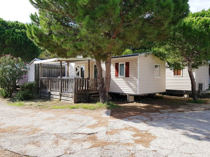 IRM SIBELLA (4/6PERS) 32m² + Terrasse , CAMPING MAR ESTANG 4*,2FUN PASS OFFERTS, holiday rental in Canet-en-Roussillon
