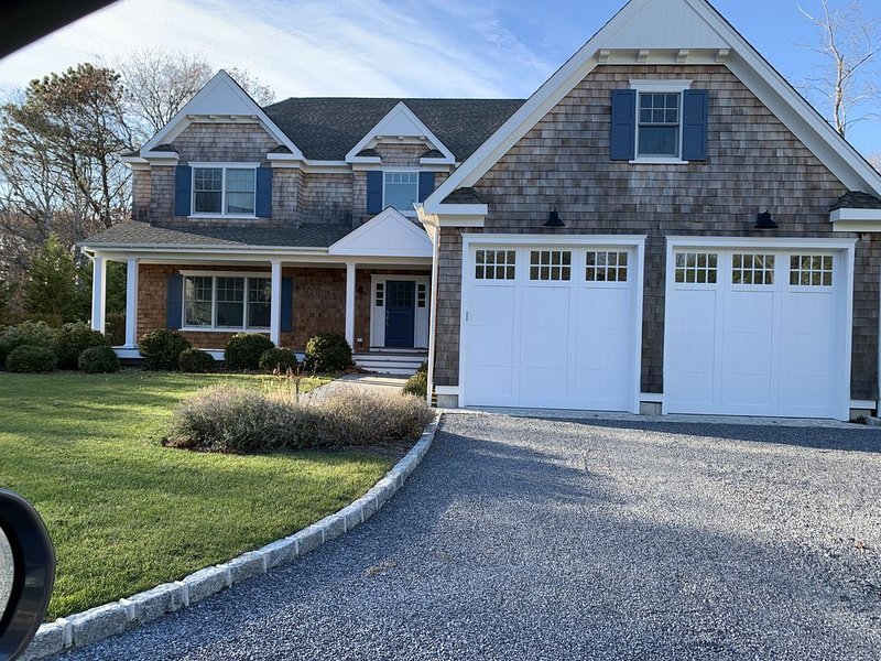 Brand New Luxury Home Perfect for Easy Escape from NYC, holiday rental in Westhampton