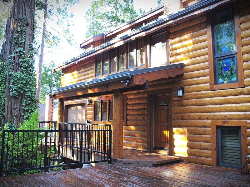 Luxury Cabin Getaway, holiday rental in Blue Jay