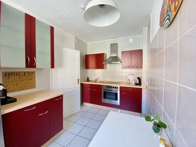 *NEU* Helle 2 Zimmerwohnung mit Balkon im Magniviertel, location de vacances à Braunschweig