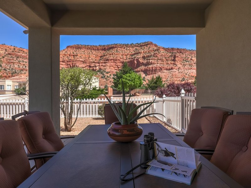 New Listing May 2016: Stay at the home of the Red Rocks ~ Casa De Red Rocks!, location de vacances à Kanab