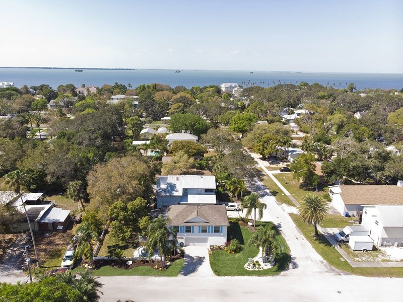 By the Bay Getaway:  stilted home, close to beaches, sponge docks, biking trail, vacation rental in Crystal Beach