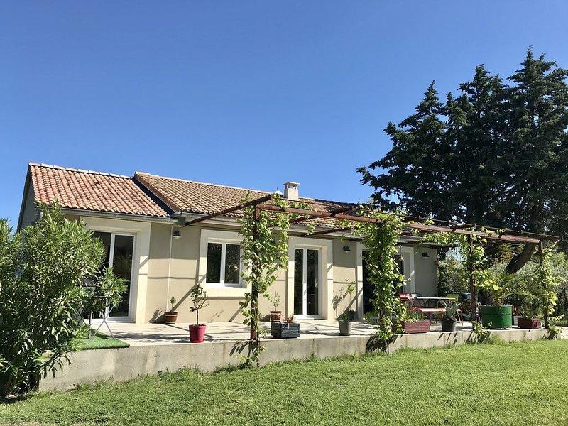 Charmante maison idéalement placée, vacation rental in Vaucluse