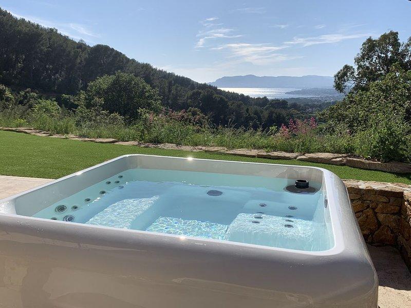 La Divine, Villa & Spa, piscine, vue mer, nature & calme, holiday rental in Saint-Cyr-sur-Mer