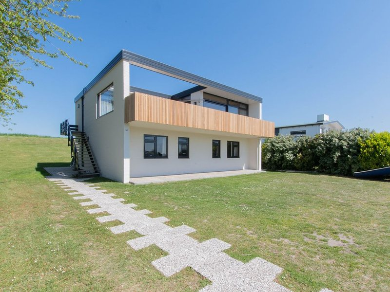 Groot familiehuis aan het Veerse meer met eigen steiger, alquiler vacacional en Wolphaartsdijk