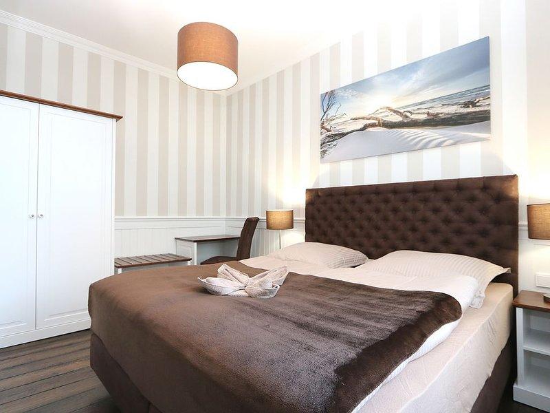 Appartement Nr. 1, bis 4 Personen, 2 Zimmer mit Küche und Badezimmer, casa vacanza a Warnemünde