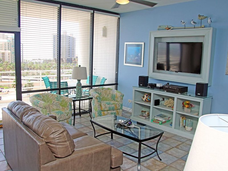 Recently Updated with Beautiful view of the Gulf!, alquiler de vacaciones en Isla del Padre Sur