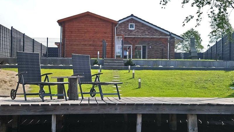 Ferienhaus am See mit Sauna, casa vacanza a Thulsfeld