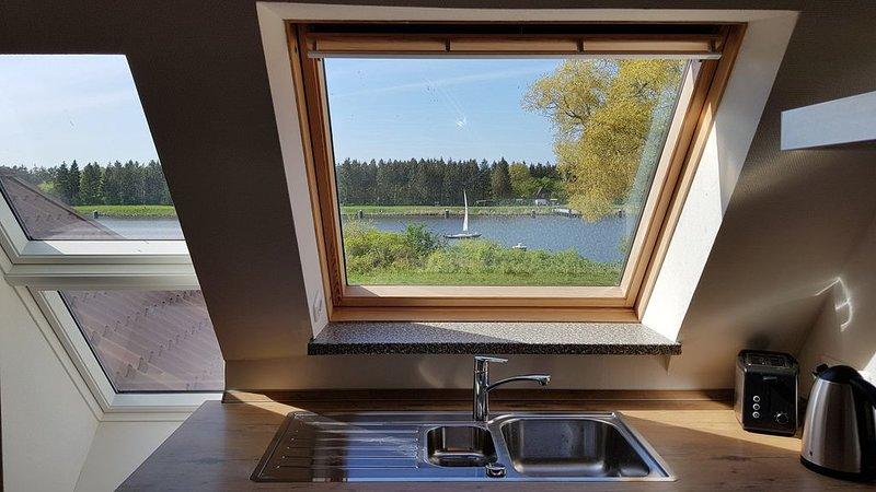 Herrlicher Nord/Süd-Blick direkt am Nord-Ostsee-Kanal, aluguéis de temporada em Hanerau-Hademarschen